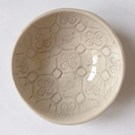 SALT OR DIP BOWL IN WARM GREY PATTERN