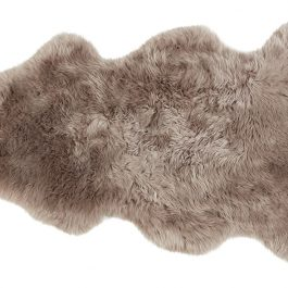 LONG HAIRED SHEEPSKIN RUG
