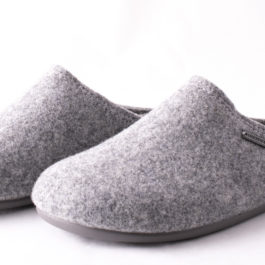 100% WOOL FELT JON SLIPPER