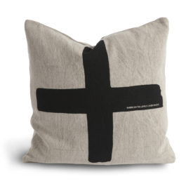 100% COTTON CANVAS CUSHION WITH BOLD CROSS GRAPHIC PATTERN