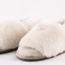 FLUFFY SHEEPSKIN VICKY SLIPPER